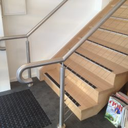 Stair, comercial, handrail